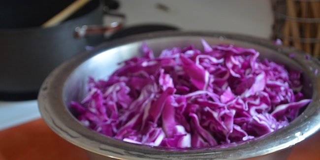 sauteed_red_cabbage_650x325